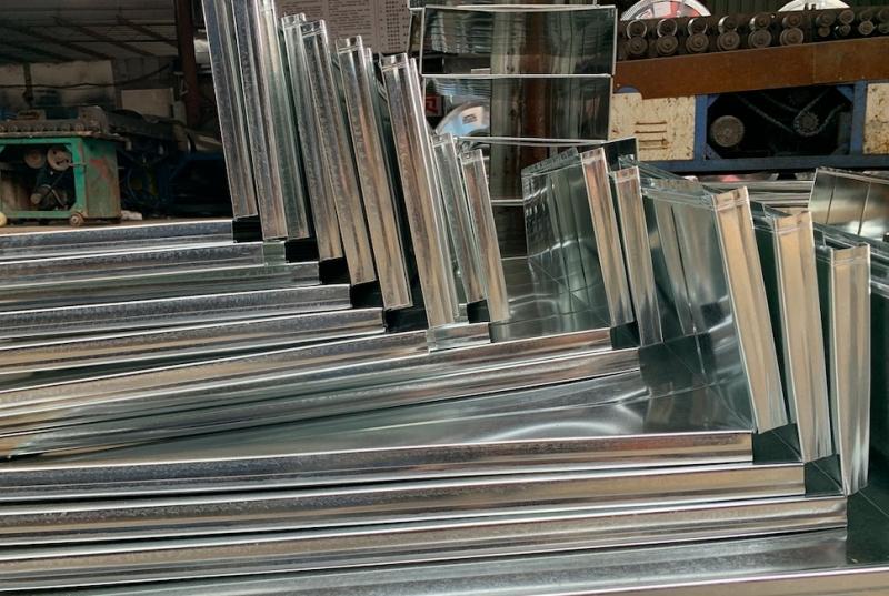 完善通风管道加工工艺才能提高产品的质量